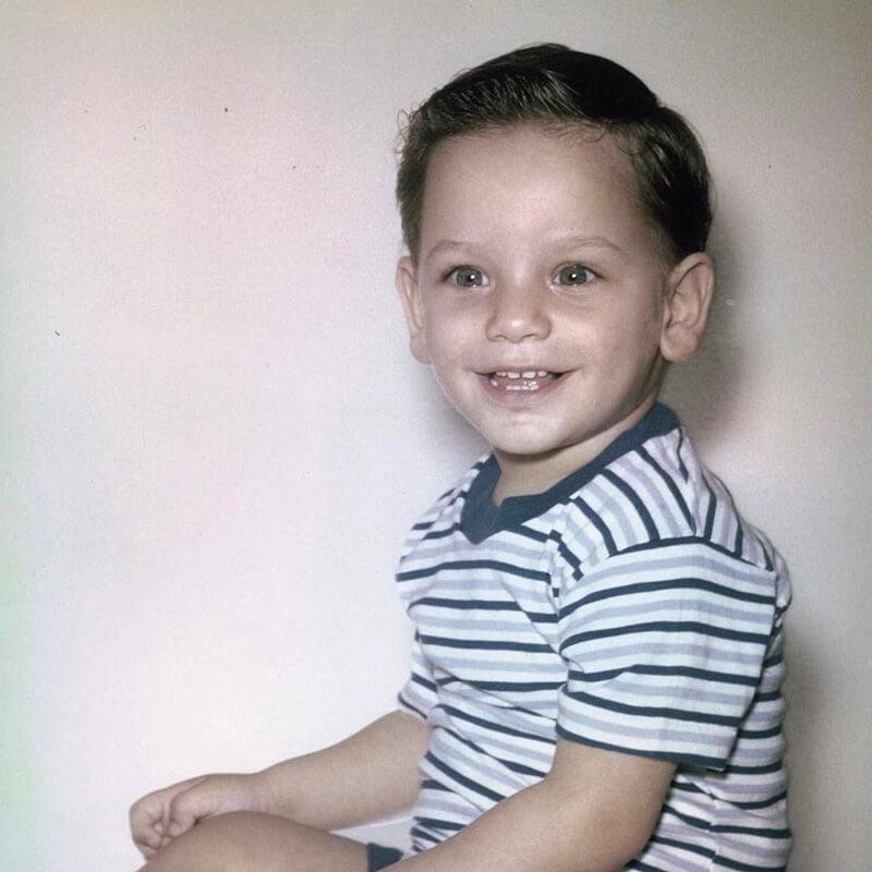 celeb-childhood-photos-john-stamos-48571-75682